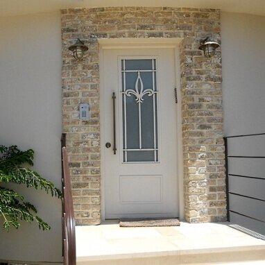 דלתות כניסה דגם בירן-LOTUS