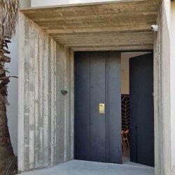 דגם SHIRI דלת בקו אפס שלום אדריכלות