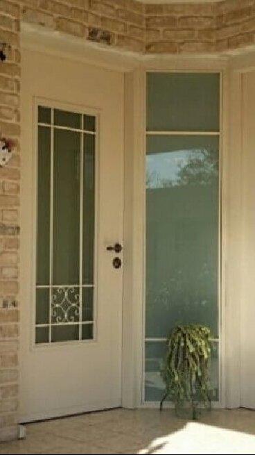 דלתות כניסה מיוחדות אבן יהודה