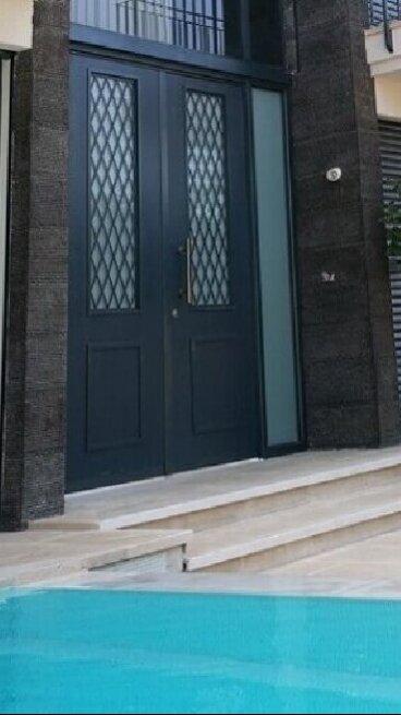 דלתות מעוצבות לבית בהרצליה PATELINA