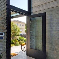 דלת אלומיניום דגם MEITAL בית דדוש