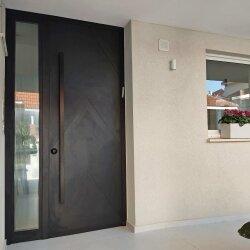 דלת אלומיניום דגם NATALY