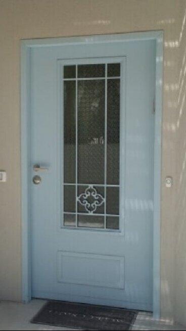 דלת כניסה לבית פרטי כוכב יאיר
