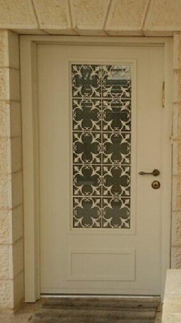 דלתות חוץ מעוצבות דגם GOLD