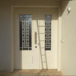 דלתות כניסה מעוצבות LT