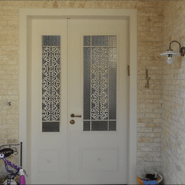 LT דלת וחצי