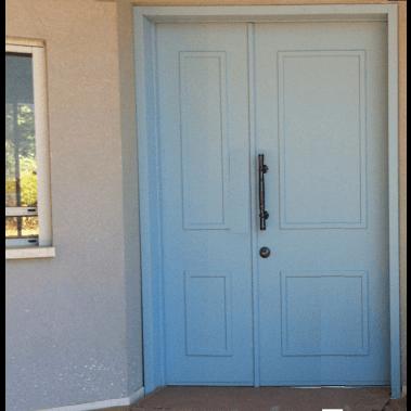 VG דלת וחצי